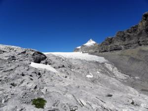 Vue du glacier de Tsanfleuron depuis le col du Sanetsch